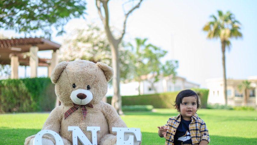 cake-smash photo shoot in Dubai-3